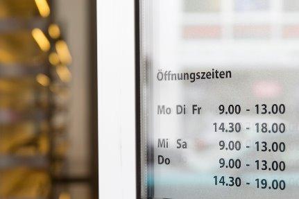 Brillenatelier Mönchengladbach Wilfried Windhausen Augenoptiker Optikermeister Öffnungszeiten